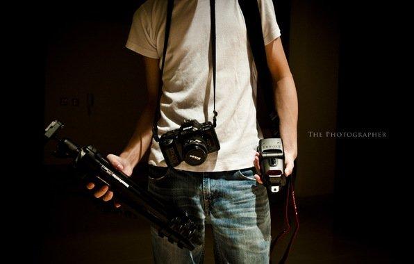 Фотограф делает фото в Интернете